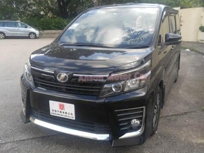 Toyota VOXY ZS