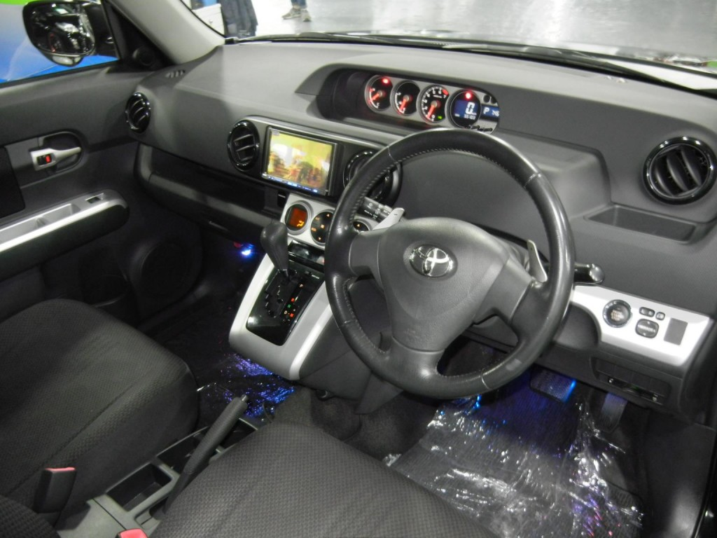 Toyota RUMION 1.8S TRD