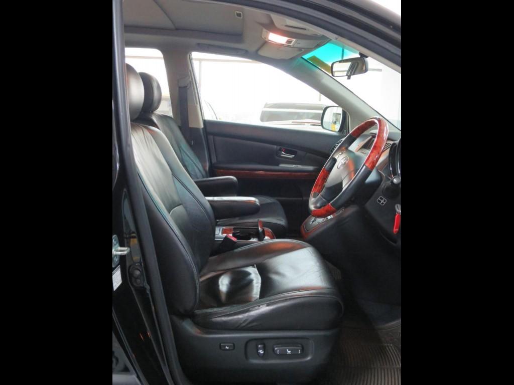 Toyota HARRIER 3.5