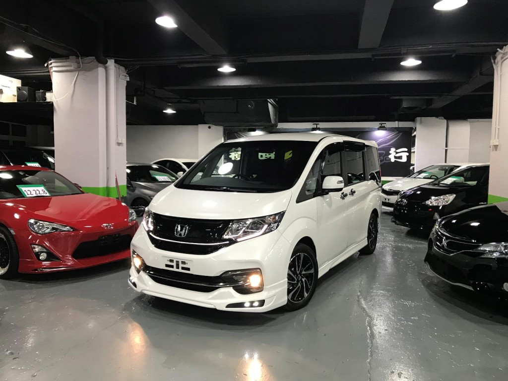 Honda STEPWGN 1.5 Turbo SPADA