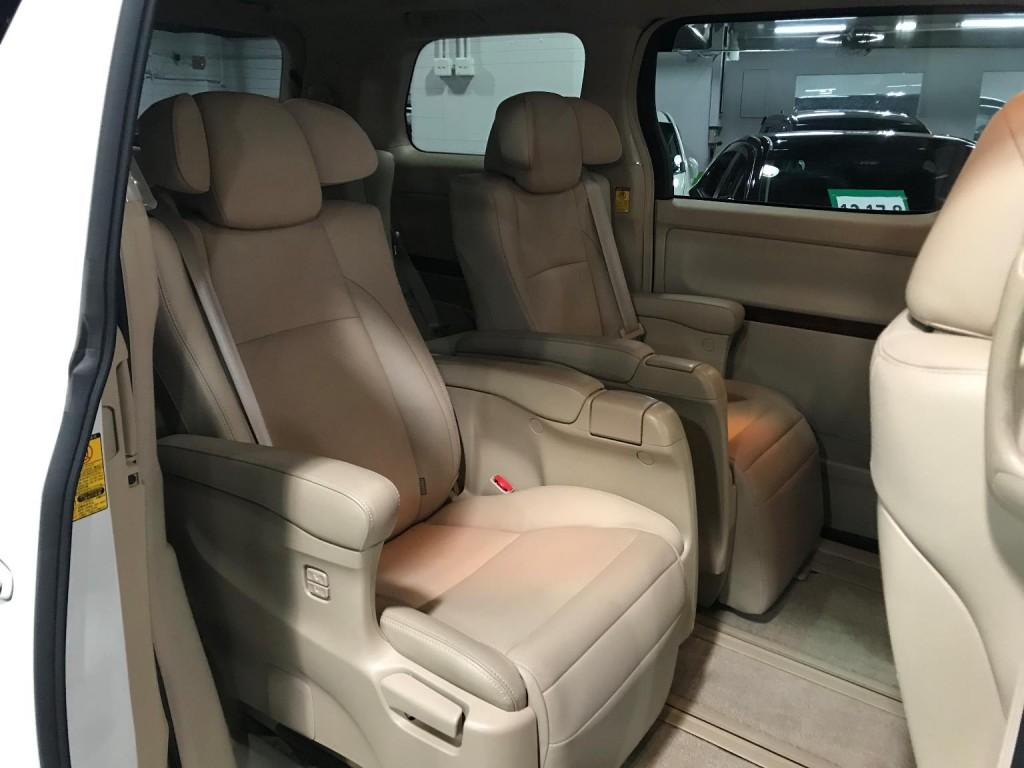 Toyota  ALPHARD 3.5GL MODELLISTA