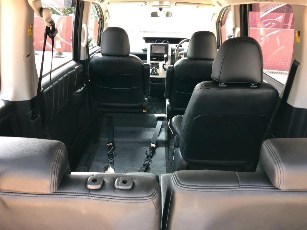 Toyota NOAH WELCAB X