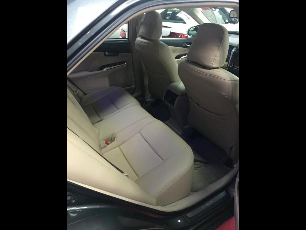 Toyota CAMRY 2.5 HYBRID