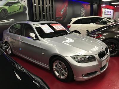 BMW  323IA