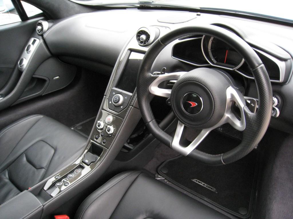 McLaren MP-4 12C