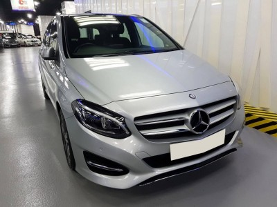 Mercedes-Benz B200 FACELIFT