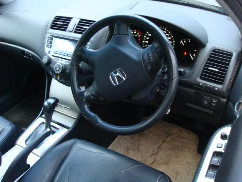 Honda ACCORD 2.4 DELUXE