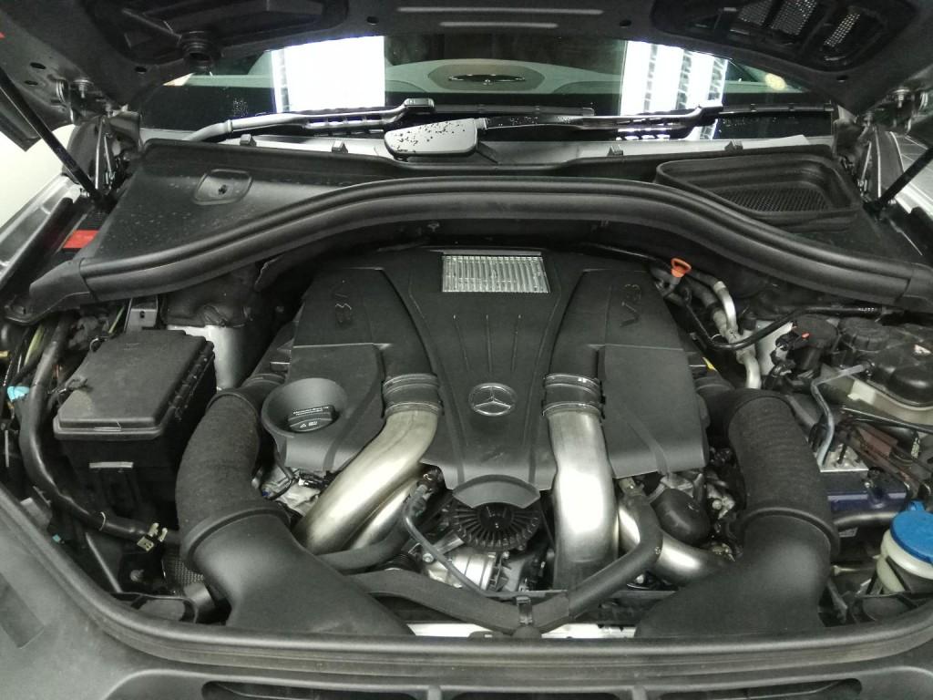 Mercedes-Benz GL500 (X166)