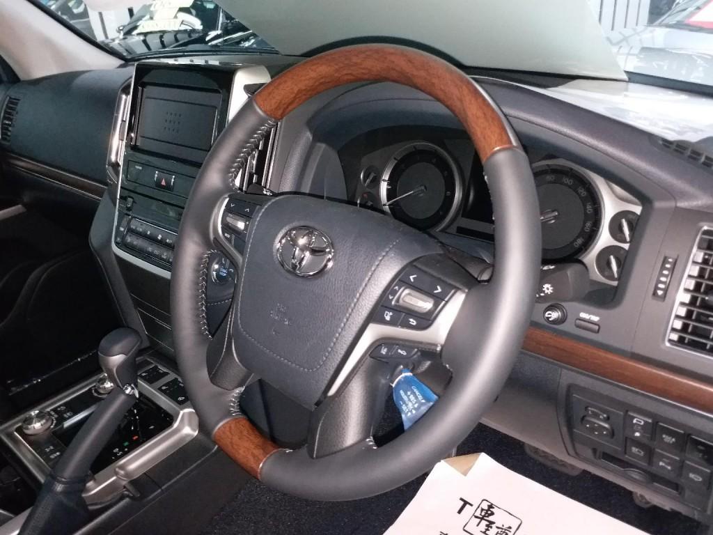 Toyota land crusier