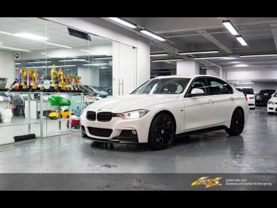 BMW   320i SPORT F30 M