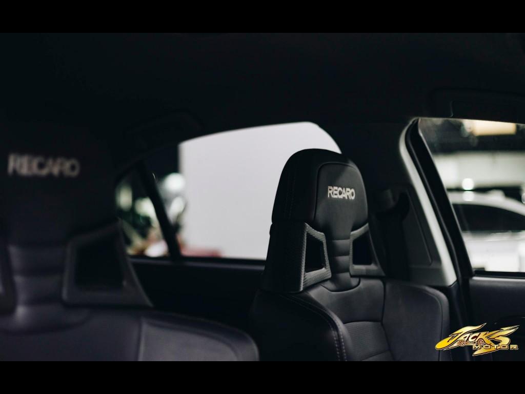 Mitsubishi  LANCER EVOLUTION X PREMIUM