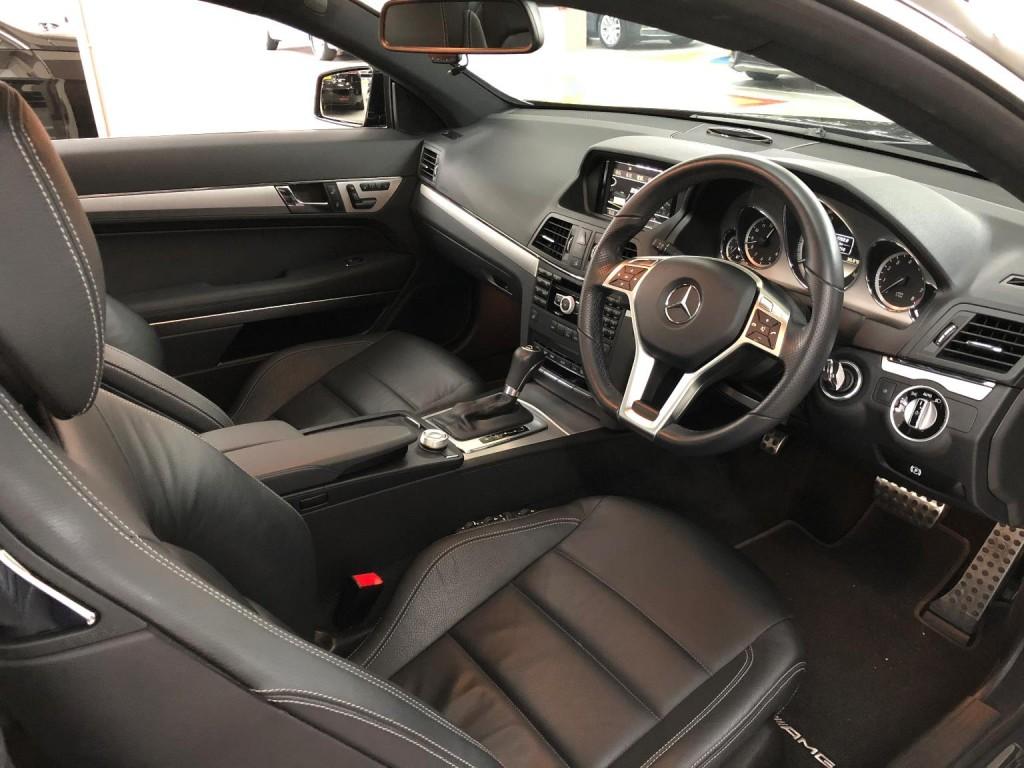 Mercedes-Benz E250 COUPE