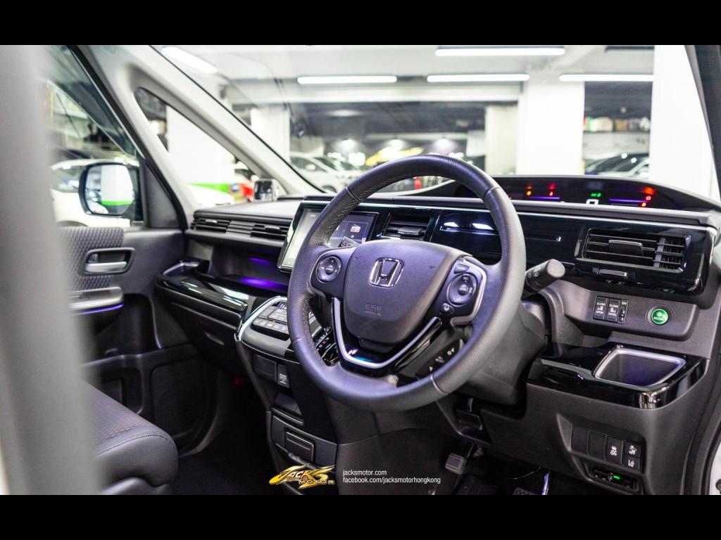 Honda STEPWGN 1.5 Turbo MODULO X