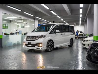 Honda Stepwgn Spada Cool Spirit Mugen