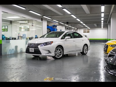 Lexus HS250h Deluxe
