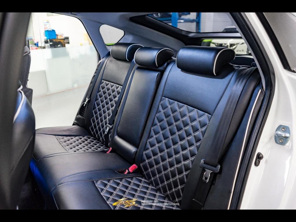 Toyota Prius 1.8 S