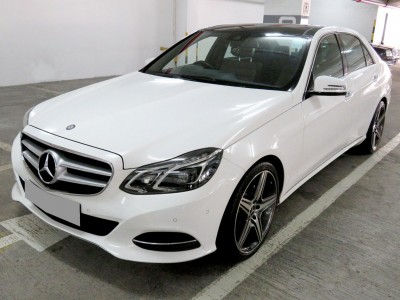 Mercedes-Benz E200 FACELIFT PREMIUM EDITION