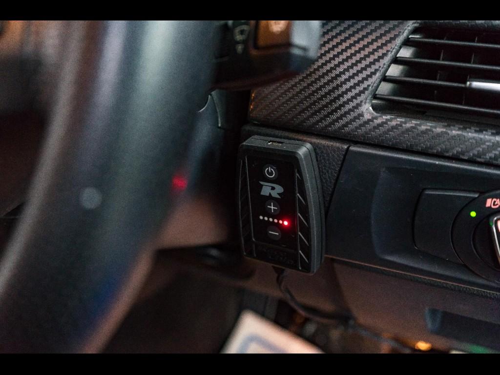 BMW  320i M Pack Facelift