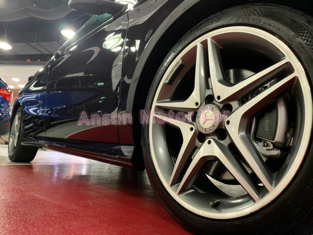 Mercedes-Benz CLA250 AMG