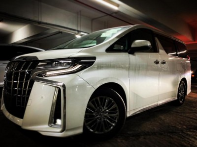 Toyota ALPHARD FACELIFT 3.5 EXECUTIVE